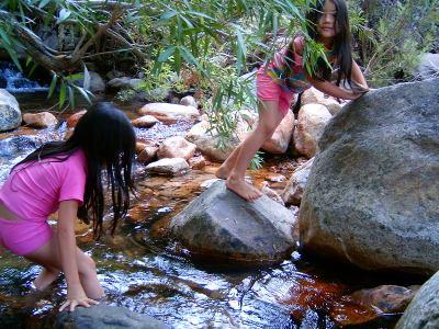 nina-kiara-rivercrossing-cederberg-2009